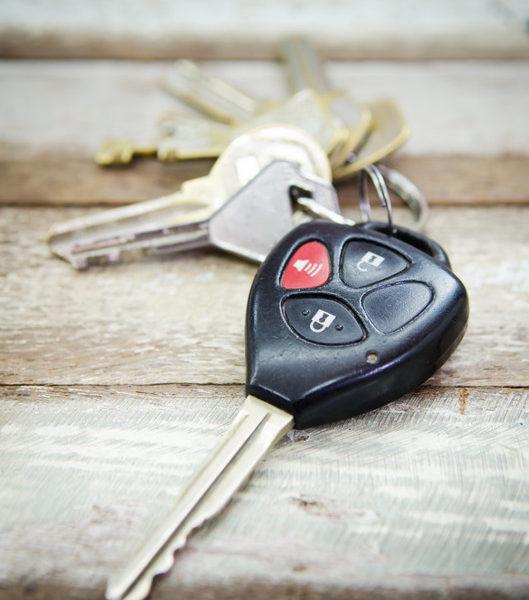 Marsden Park Locksmiths provides on-board car key programming.